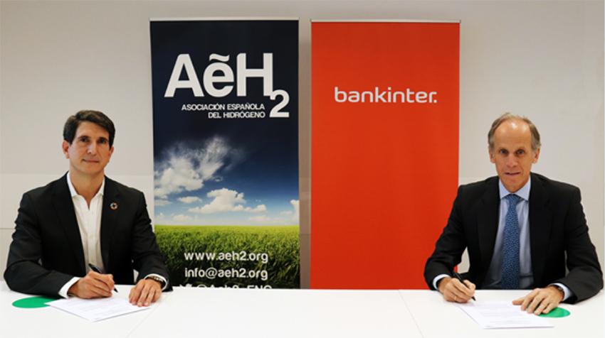 Firma del acuerdo entre Bankinter y AeH2.